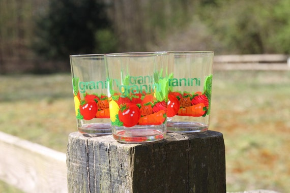 Granini glasses with vegetable print, set of four