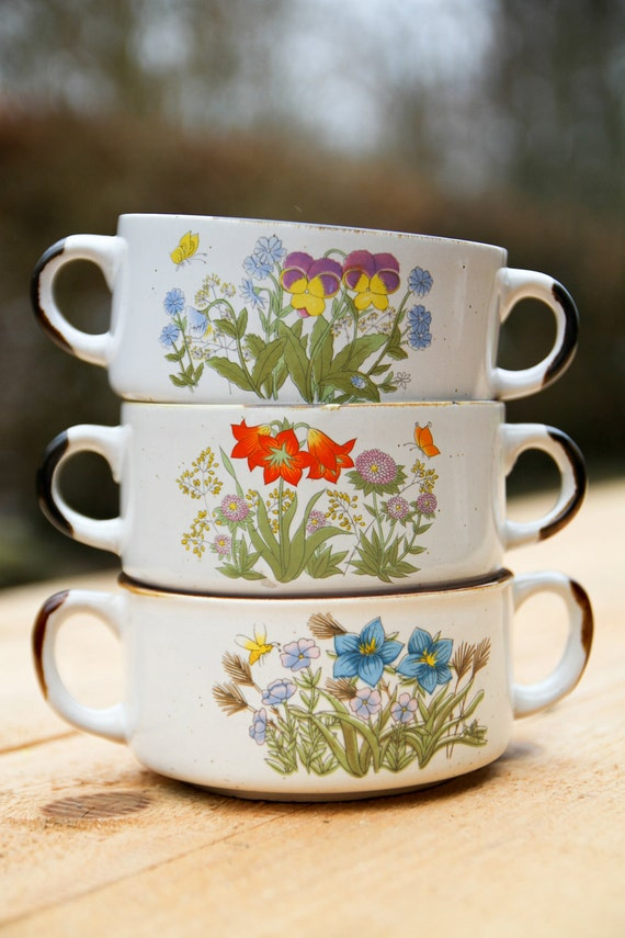 Vintage soup bowls with flower print, set of three