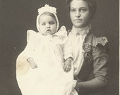 American portraits. Mother and baby, by unknown American photographer. ca 1900.