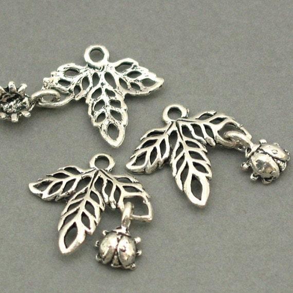 Leaf Ladybug Charms Antique Silver 6pcs pendant beads 17X17mm CM0075S