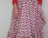 Ladybird skirt, wraparound twirly flamenco ruffle style, size 8 10 12 white with red ladybugs