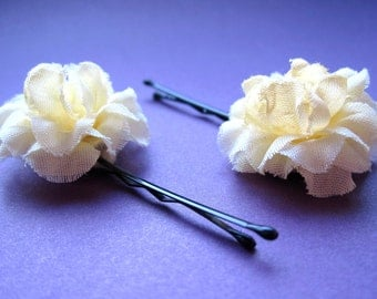 Light Yellow Flower Hairpins - Ruffled Marigold Hair Accessories