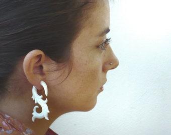 Fake Gauges Earrings Organic Bone Earrings Swan Flower Natural Tribal Earrings Organic -FG006 B G2