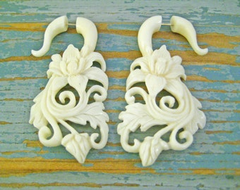 Bone Fake Gauges Hibiscus Flower Bone Earrings Natural Tribal Organic Earrings - FG025 B G1
