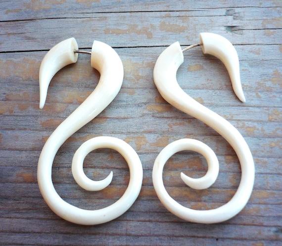 Bone Fake Gauge Earrings White Bone Swan Spirals Tribal Earrings - Gauges Plugs Bone Horn - FG010 B G1