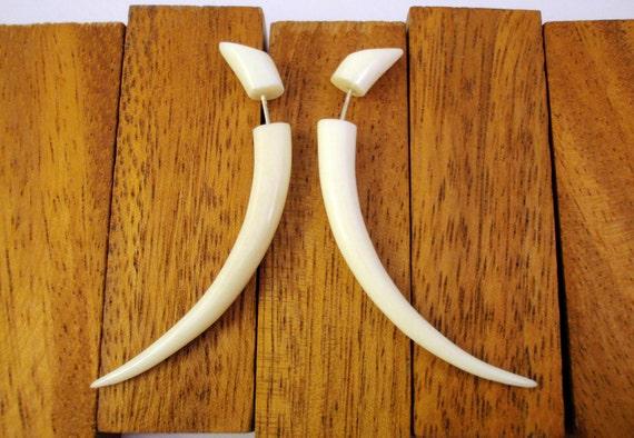 Bone Fake Gauges Earrings Bone Earrings Talon Tribal White Bone Organic - FG034 B G1