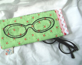 Retro Hand Embroidered  cat eye glasses sunglasses  pouch