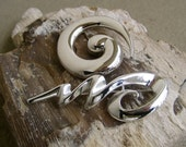 Silver Squiggles: Vintage Signed Monet and AJC Modernist Abstract Brooch Set