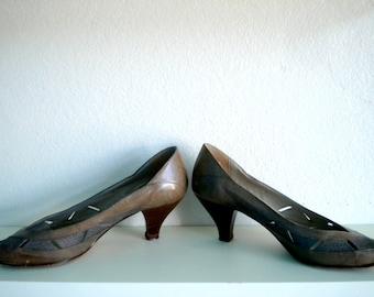 XMAS in JULY SALE : 1980s snake skin peep toe heels
