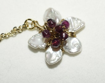 Pearl Necklace Pearl Pendant Garnet and Pearl Pendant Birthstone January Birthstone jewelry