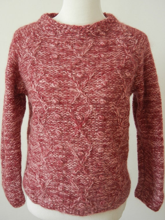 Reserved for Elodie. Vintage Rose & Cream Wool Sweater