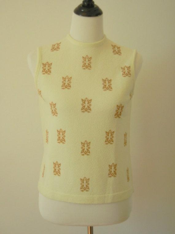 1960's Pale Yellow Sleeveless Top