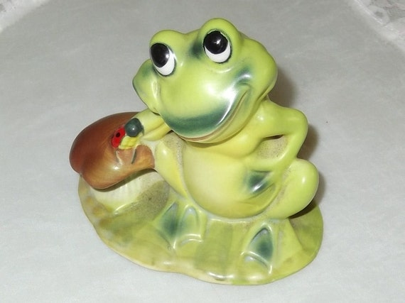 Vintage Ceramic Frog with Mushroom and Lady Bug