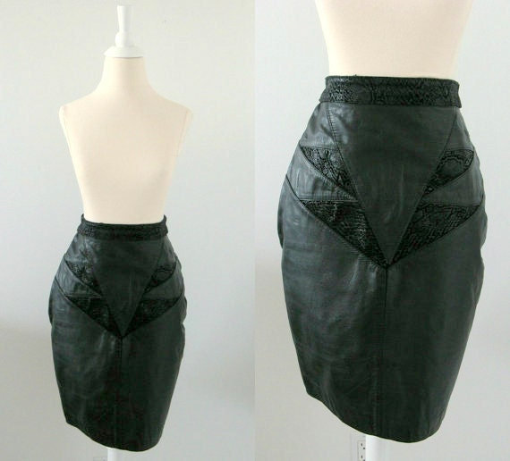 Vintage Black Leather Pencil Skirt - 1980s - Small