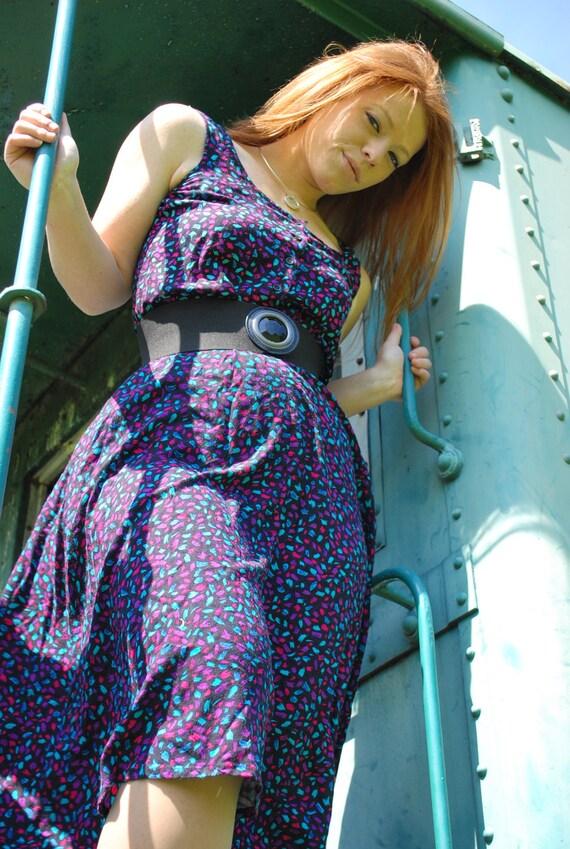 Sweetly Stroked 1980s Vintage S Roberts Sleeveless Abstract Design Summer Dress Sz 5 / Small / Medium