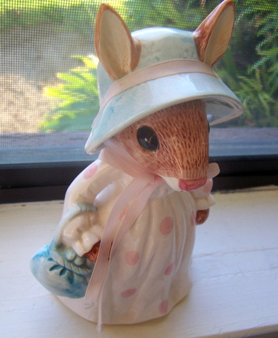 ON RESERVE4DAWN - Vintage  Piggy /Coin Bank Lady Rabbit Made in Japan by Lefton