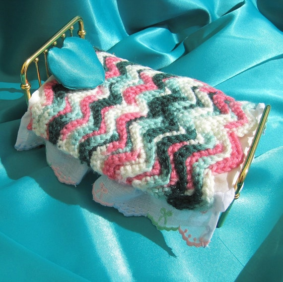 Miniature Dollhouse Turquoise and Pink Crocheted Ripple Afghan and Pillow