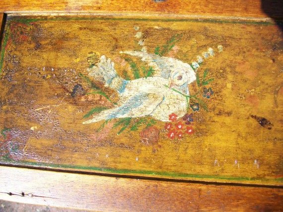 Vintage Folk Art Wood Box w/ Painted Dove on Lid