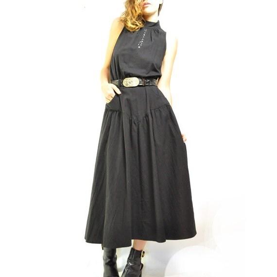 ViNTAGE KEYHOLE MiNiMALIST MAXi / long black dress / drop waist &modern cuts / rhinestones / so unique / s-  m .