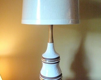 Price Reduced by30.00 -- Vintage Chic Ceramic Lamp