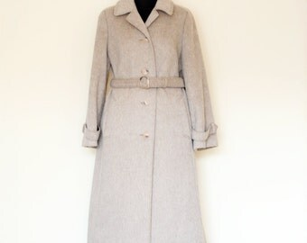 Vintage Warm Cream Beige Lined Coat