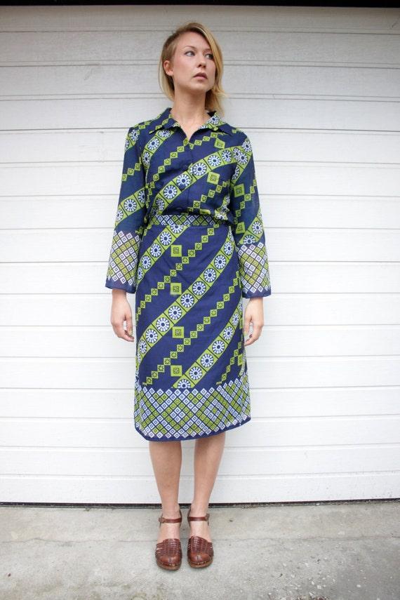 Vintage 2 Piece Geometric Pattern Shirtwaist Suit Dress