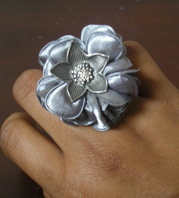 Stretchy Silver Fabric Flower RIng - 50% OFF W/ DISCOUNT CODE