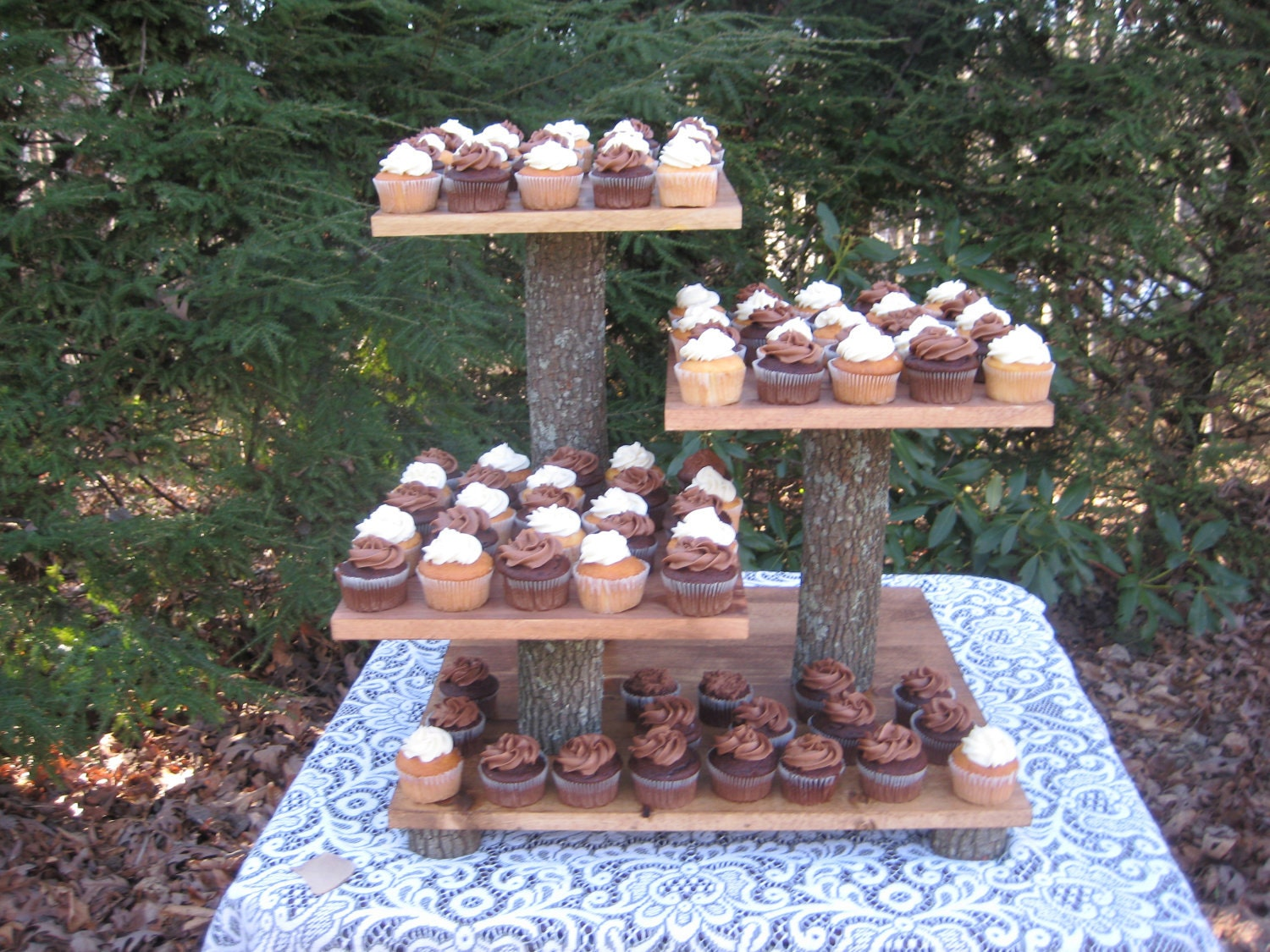 Rustic Wedding Wood Cake Stand: Rustic Wedding Cake Stand Cupcake Stand Rustic Wedding Log