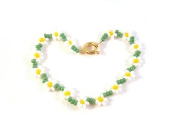 Flower Girl Bracelet, Childrens Jewelry, Daisy Chain Bracelet, Little Girls Jewelry, UK Seller