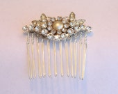 Luxe Silver Bridal Hair Comb,Crystal Wedding Head Piece, Rhinestone, Pearls, Vintage wedding Hair Accessory - VINTAGE GLAMOUR