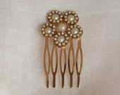 bride hair comb Gold Bridal Flowers Hair Comb pearl gold hair piece flower Hair comb Pearls Ivory Vintage jewelry hair comb Wedding Jewelry