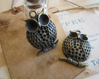 2 Bronze Owl Charms - 42x29mm - Ships IMMEDIATELY  from California - BC50