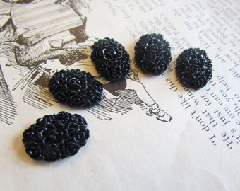 30 Black Cabochons - Oval Flowers - Ray Collection - 18x13mm - Ships IMMEDIATELY from California  - C16B
