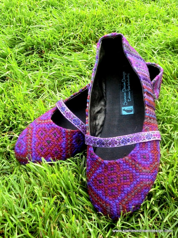 Colorful Purple Hmong Embroidered Womens Ballet Flats Shoes