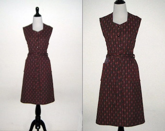 "1970's Labeled ""Woman"" Knit Dress - size 11"