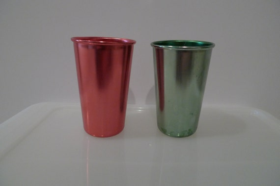 Aluminum Glasses Red and Green vintage Set of 2 Tumblers Atomic Space Age Metallic Colors Anodized Cocktail Eames Era FREE SHIPPING