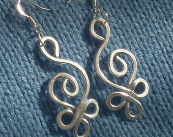HAMMERED CELTIC SWAN Earrings with Silver Aluminum Wire and Silver Plated Hooks - Light to wear -