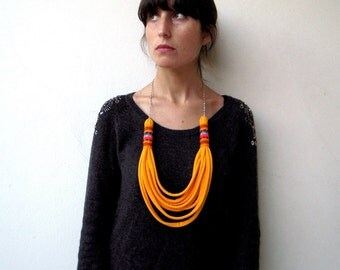 The peruvian necklace - handmade in yellow jersey fabric and stainless steel chain