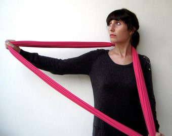 The noodle scarf - handmade in fuchsia pink jersey fabric