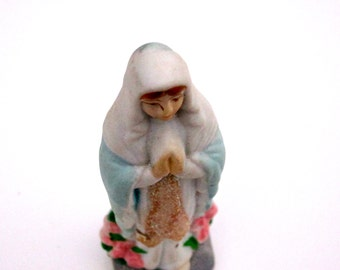 Vintage Virgin Mary Statue Religious Ceramic Pink Roses