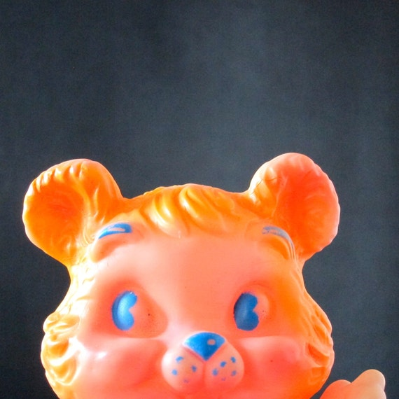 Vintage Squeak Toy Rubber Bear Dreamland Creations 1960s