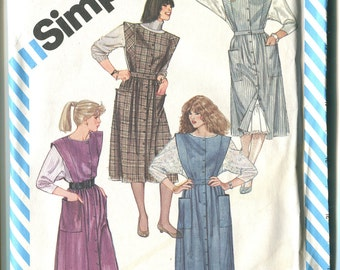 Simplicity Pattern 6181 Size Miss 10 Button Front Jumper & Pullover Blouse 1983 Uncut Plaids