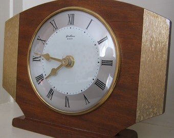 Bentima Clock Mantel Shelf Mantle Vintage Case Wooden Battery