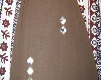 Vintage Brown Skirt / Fits a Small to Medium