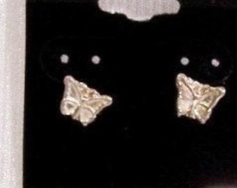 Vintage Earrings: Sterling Silver Butterfly Post Earrings - D1001a