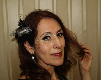 Gothic HAIR CLIP ornament with skull, halloween, party fascinator
