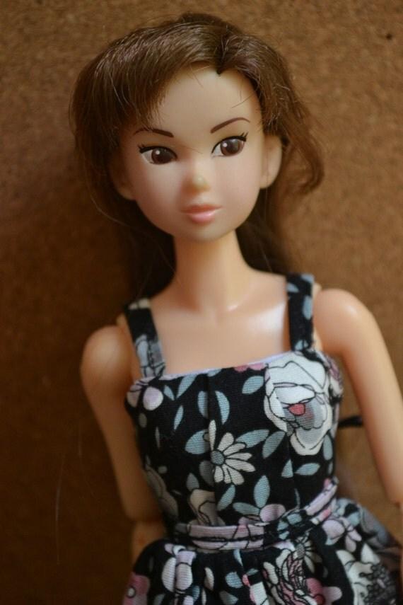 Momoko Doll Dress - Aya Dress in Romantic Floral Print