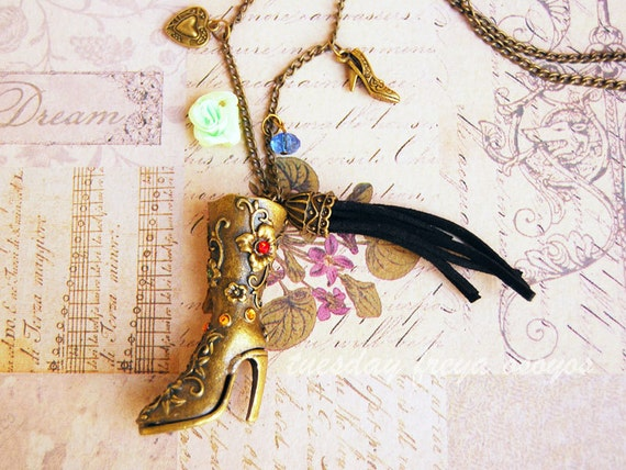 I love my high heeled boots - a vintage fashion necklace
