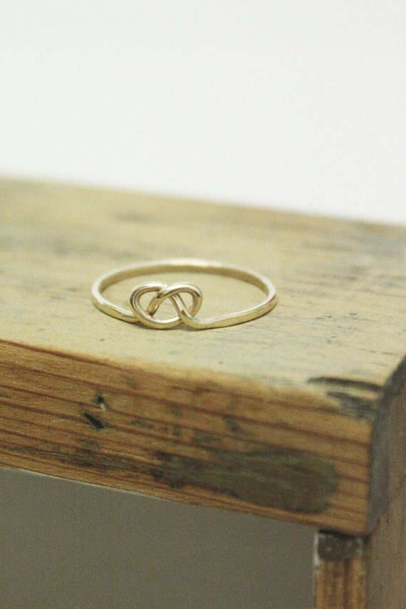 Forget Me Knot - 9kt Gold Victorian Love Knot Stacking Ring
