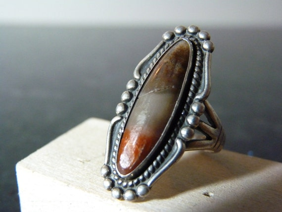 SUMMER SALE Vintage Ornate Silver Ring with Variety Tri-color Stone